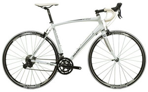 Raleigh Revenio 2 Sora Road Bike